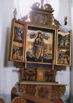 oltář v kostele Panny Marie v Cínovci - sestaveno na začátku 20. století