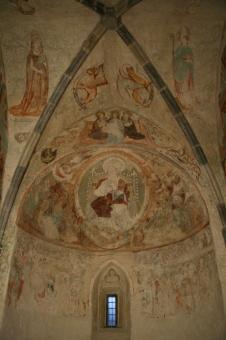 apsida s Kristem Pantokratorem v konše po opravě